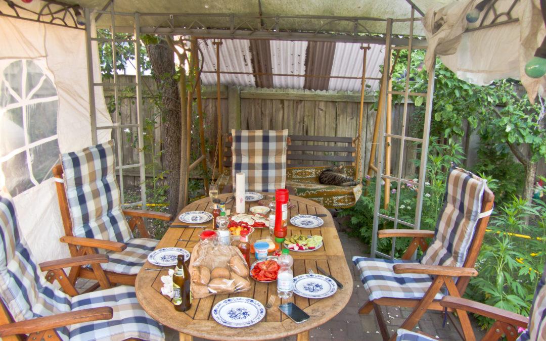 Ihre Spreewald Ferienwohnung Viola Bischoff – außen gemütlich Zeit verbringen